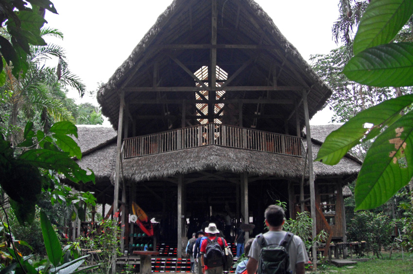 Refuge éco-touristique dans la réserve de Tambopata au Pérou