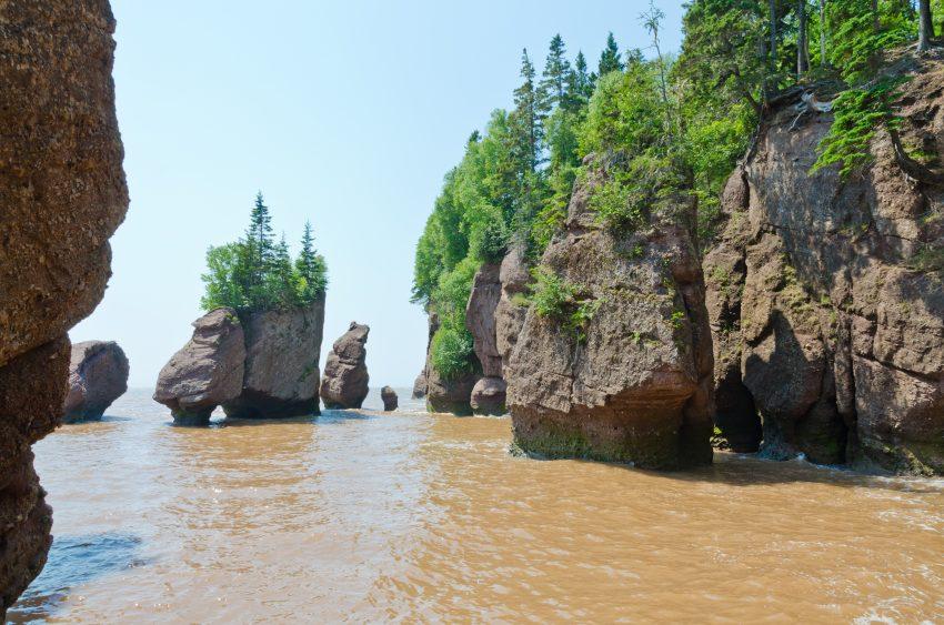 Rochers Hopewell Rocks à marée haute - crédit photo : Nouveau Brunswick